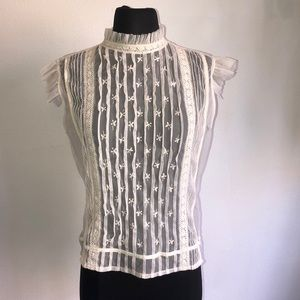 TRAMP lace blouse